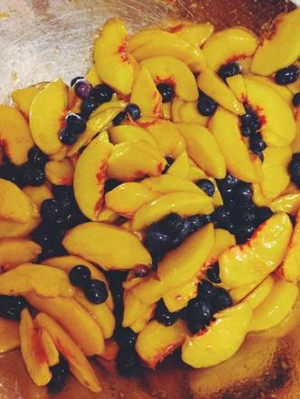 peaches n berries